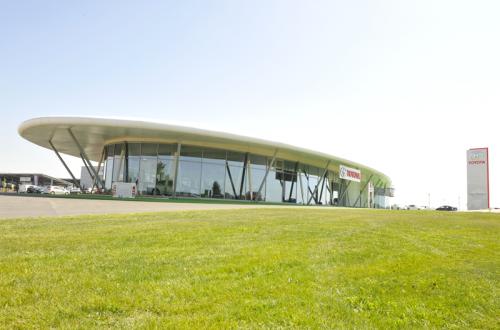 La concession Toyota la Rochelle